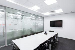 Salle de réunion de 10 personnes dans une entreprise