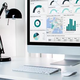 Zoom sur un tableau de bord de suivi de l'activité commerciale sur ordinateur